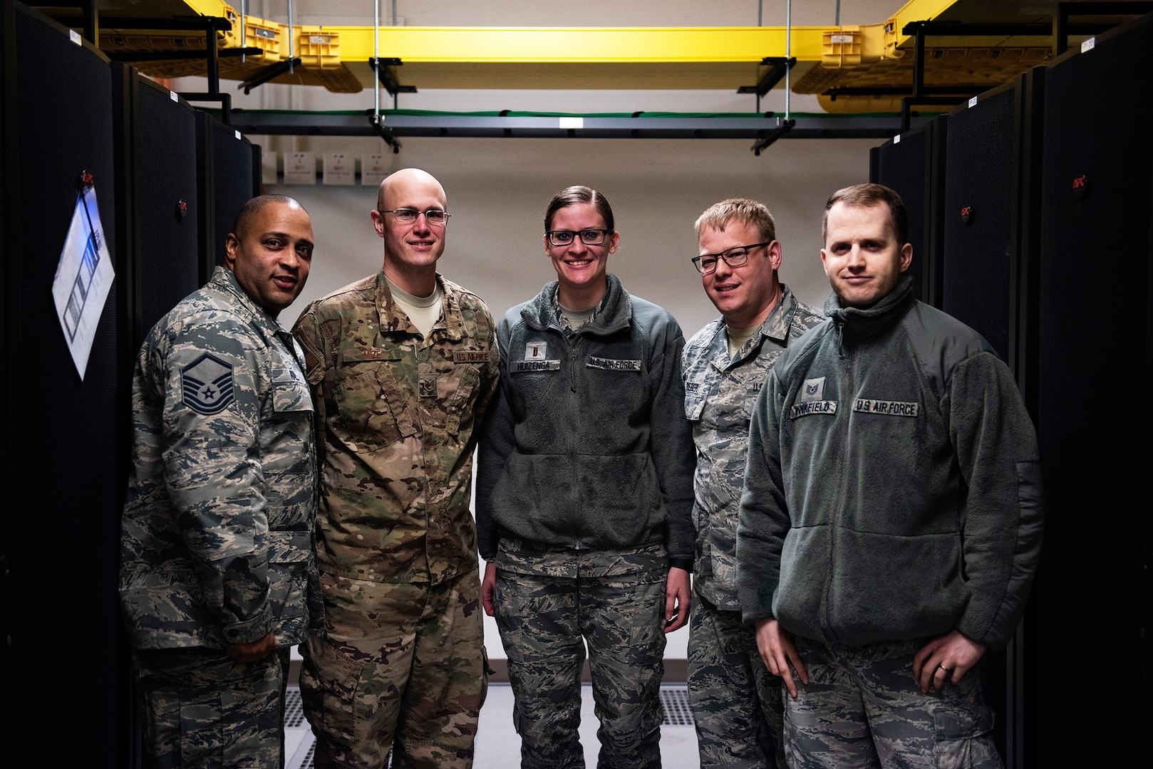 Sustaining the Pack: Kunsan Becomes First Overseas Base to Migrate to Cloud Email