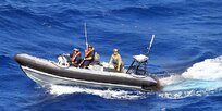A boat from the RFA Mounts Bay seized 100kg of cocaine in the Caribbean as drug-runners dumped their illegal cargo and fled from authorities.