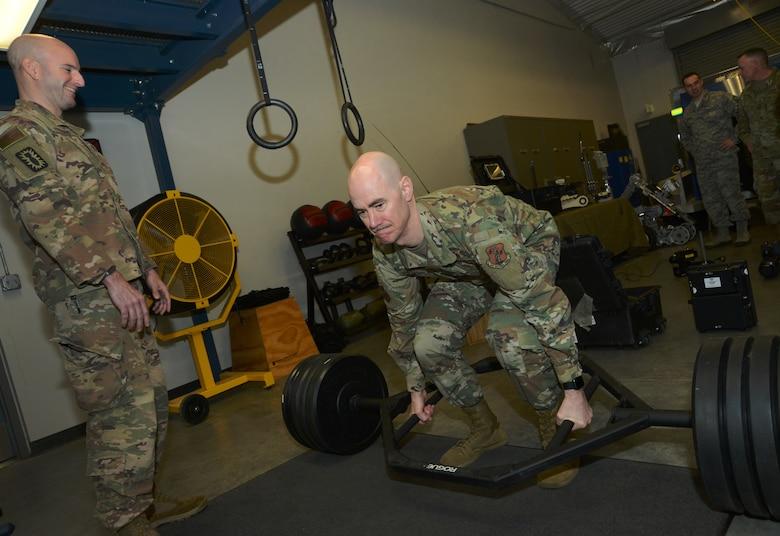 Lt. Gen. L. Scott Rice visits the Portland Air National Guard Base