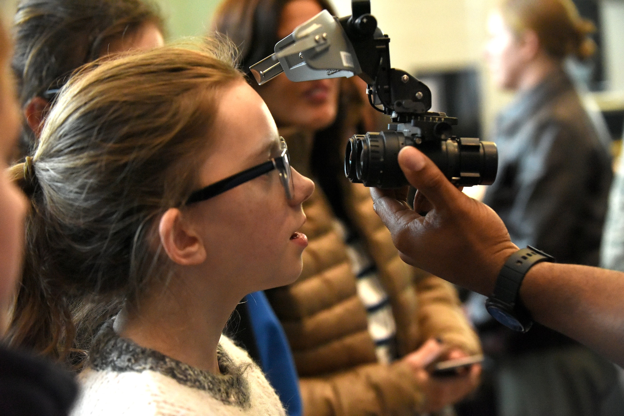 """People attend the STEM demonstration prior to a screening of the movie """"Captain Marvel"""" in Washington, D.C., March 7, 2019. The demonstration was held to inspire children to serve in the Air Force or STEM-related careers. (U.S. Air Force photo by Staff Sgt. Rusty Frank)"""