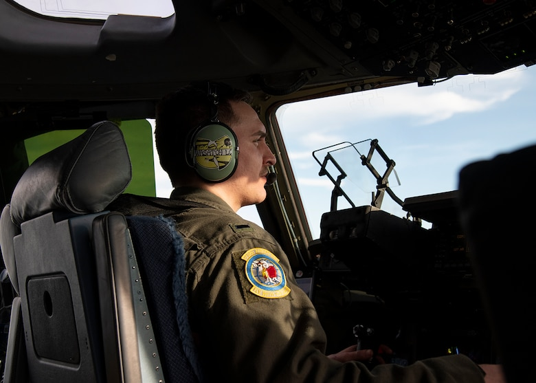 1st Lt. Nolan Lynn, a C-17 Globemaster III pilot with the 732 Airlift Squadron from Joint Base McGuire-Dix-Lakehurst, N.J., participates in Exercise Jersey Devil 19, March 4, 2019. Jersey Devil was aimed at preparing Airmen to respond to complex threats anywhere, anytime. (U.S. Air Force photo by Airman 1st Class Zoe M. Wockenfuss)