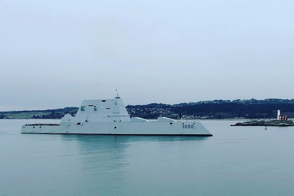 USS Zumwalt Arrives in British Columbia for Port Visit