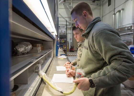 3rd Wing Transfers C-17 Aircraft Supply to 176th