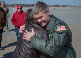 Col. Peters logs final flight at Dover AFB