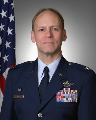 Official photo of Col. Joseph D. Janik, 910th Airlift Wing Commander.