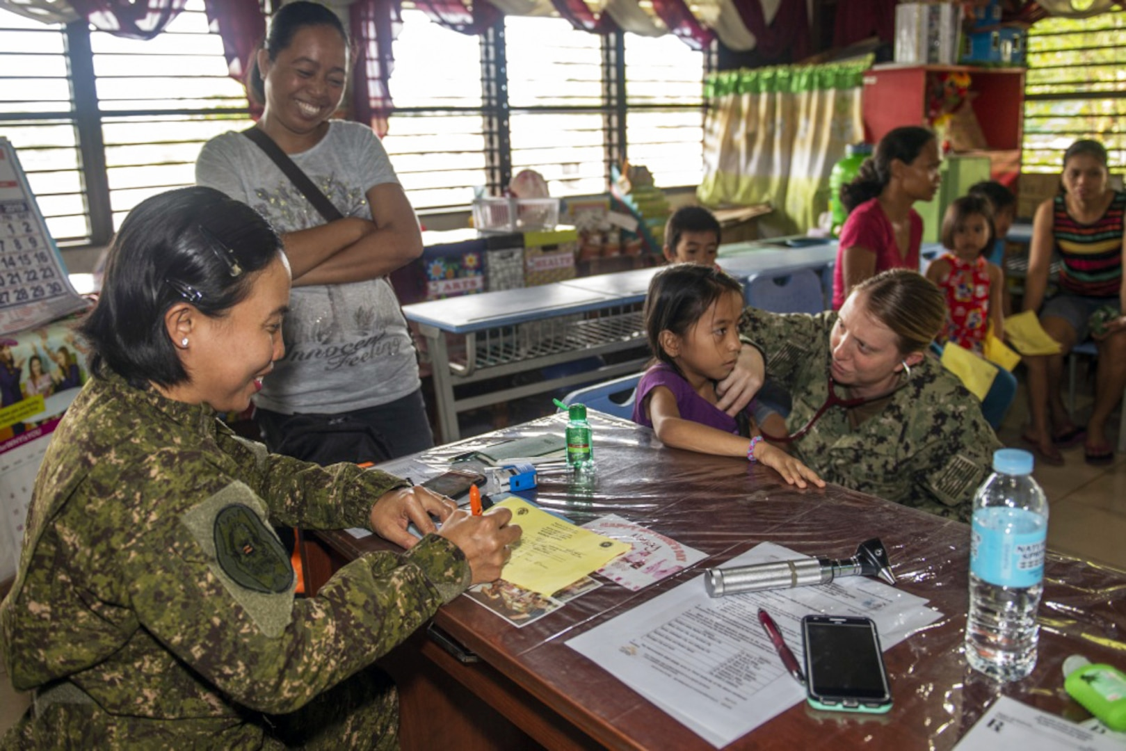 Pacific Partnership Supports Community Health Engagement in Tacloban