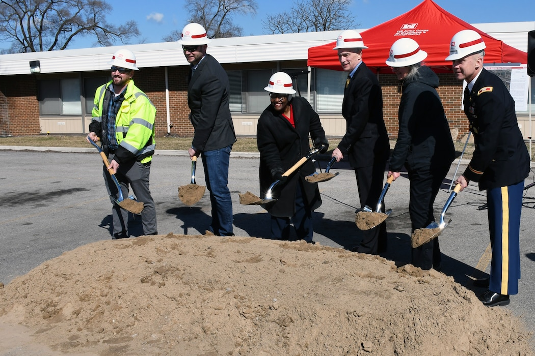 The U.S. Army Corps of Engineers, Rep. Pete Visclosky (IN-1), Gary Mayor Karen Freeman-Wilson, and the Gary Sanitary District held a groundbreaking ceremony to mark the start of a sewer improvement project in Gary, Indiana, March 19.