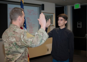 Son of ORANG recruiter enlists with 125th STS