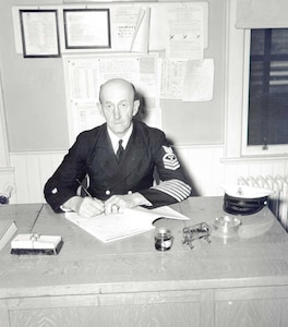 Dress Blue B Uniform 1943