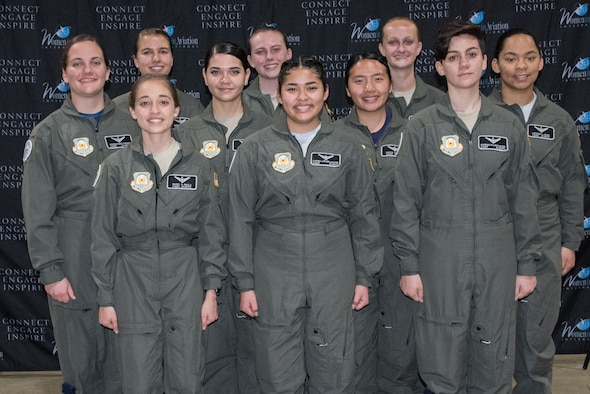 New Air Force JROTC pilots attend female aviator conference