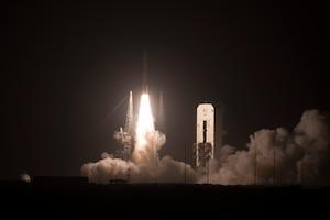 Delta IV rocket launches