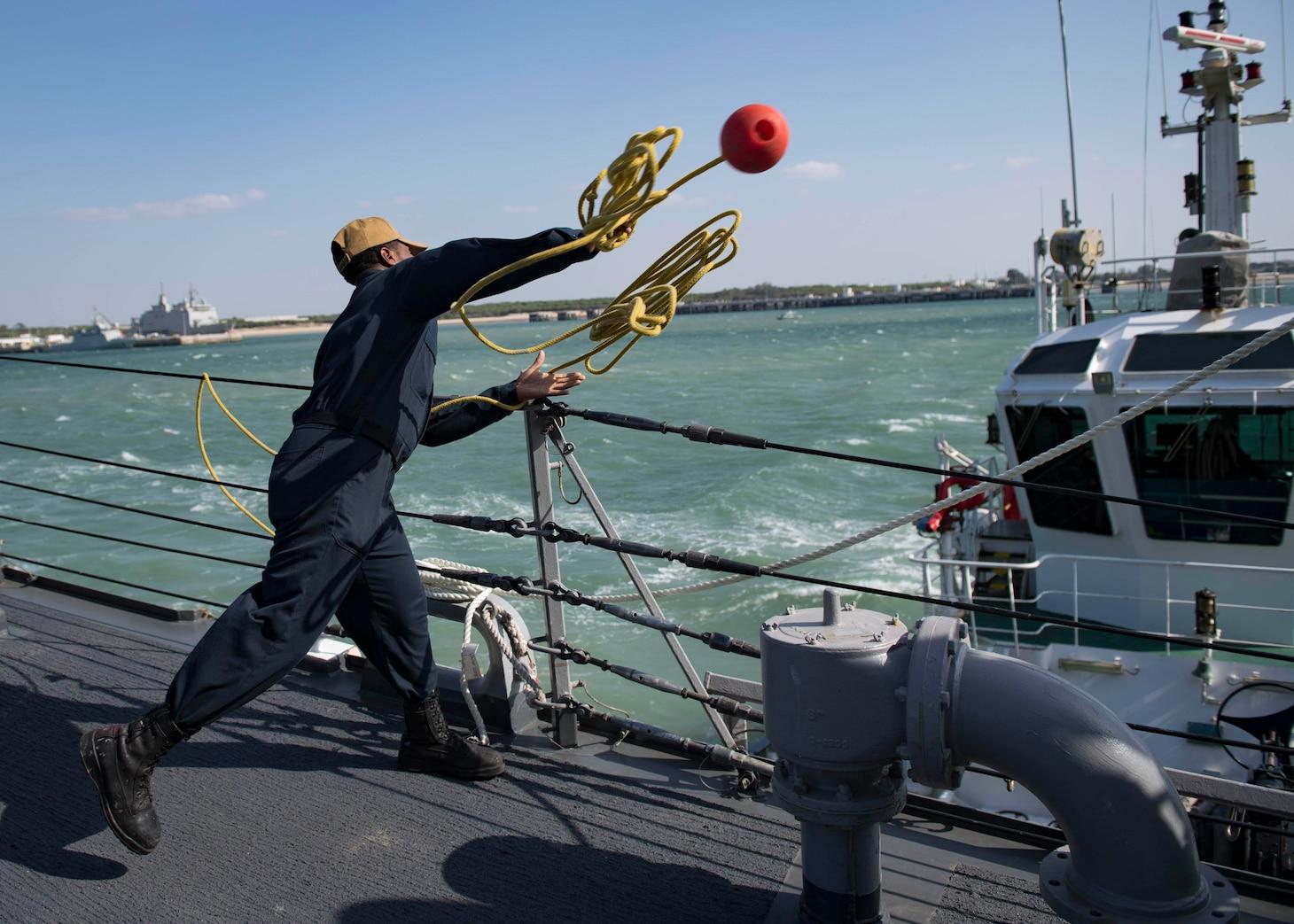 USS Carney (DDG 64) makes preparations to get underway
