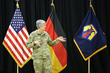 Chief Warrant Officer Five Vikki Hecht assumed responsibility as the Command Chief Warrant Officer of the 7th Mission Support Command during a ceremony March 23 at the Kaiserslautern Community Activity Center, Germany.