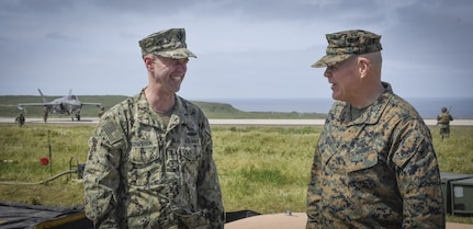 Top Navy and Marine Corps Leadership Visit Exercise Pacific Blitz 2019
