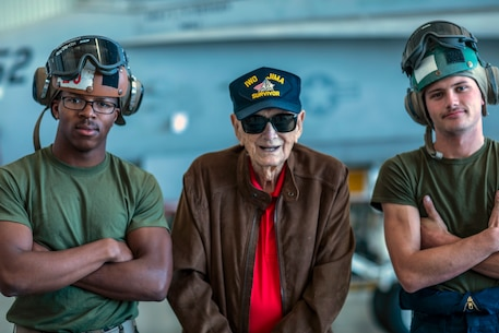 The past, present look toward future: Iwo Jima veteran Visits MCAS Miramar