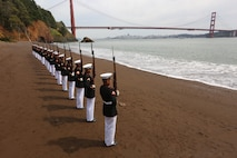 "Marines with the Silent Drill Platoon, Marine Barracks Washington D.C., execute their ""long line"" sequence at the Golden Gate Bridge, San Francisco, California, Mar. 19, 2019. The platoon posed for photos to recreate images that were taken by previous platoon's at the bridge."
