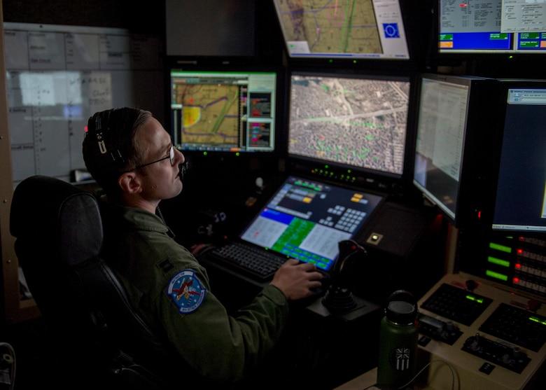 (U.S. Air Force photo by Airman 1st Class Kindra Stewart)