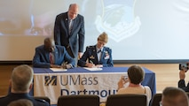 102IW Commander signs Memorandum of Understanding with UMass Dartmouth