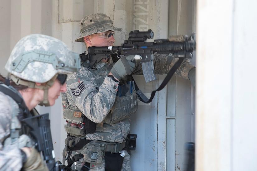 Soldiers practice tactics.