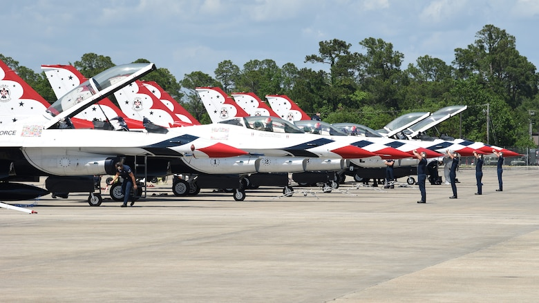 The Air Force Thunderbirds arrive at the Combat Readiness Training Center in Gulfport, Mississippi, May 2, 2019.