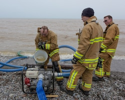 Niagara firefighters assist community with flooding