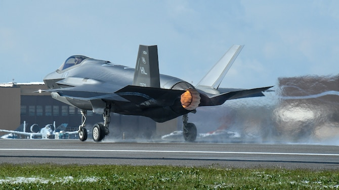 An F-35A takes off during a combat exercise at Hill Air Force Base, Utah, May 1, 2019.