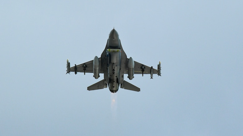 An F-16 takes off during a combat exercise at Hill Air Force Base, Utah, May 1, 2019. The active duty 388th Fighter Wing and Reserve 419th Fighter Wing, along with F-16 units from Holloman AFB, New Mexico, and Kunsan Air Base, Korea, conducted an integrated combat exercise where maintainers were tasked to continually provide ready aircraft and pilots took off in waves to simulate a large force engagement with enemy aircraft. (U.S. Air Force photo by R. Nial Bradshaw)