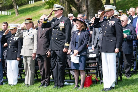 Lt. Gen. Mark A. Brilakis (right), U.S. Marine Corps Forces Command Commander, attends the Wreath of Remembrance Ceremony held at the Cypress Hills National Cemetery in Brooklyn, New York, May 2, 2019.