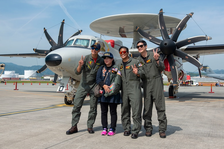 JMSDF, MCAS Iwakuni take Friendship Day 2019 to new altitudes