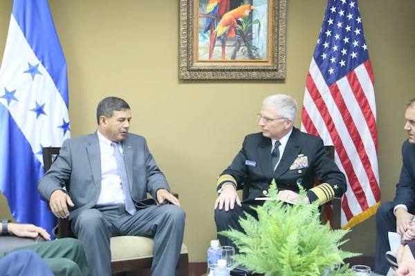 The commander of U.S. Southern Command, Navy Adm. Craig Faller, meets with Honduran Minister of Defense Fredy Díaz.