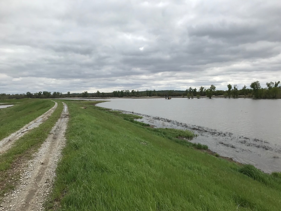 Image of USACE work in progress to repair levee L611-614 near Council Bluffs, Iowa, May 9, 2019.