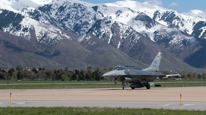 A 311th Fighter Squadron F-16 Viper taxis after landing, April 24, 2019, on Hill Air Force Base, Utah. Between April 22 and May 3, the 311th FS conducted 174 sorties in support of student pilot training and dissimilar air combat training with the F-35 Lightning II. (U.S. Air Force photo by Staff Sgt. BreeAnn Sachs)