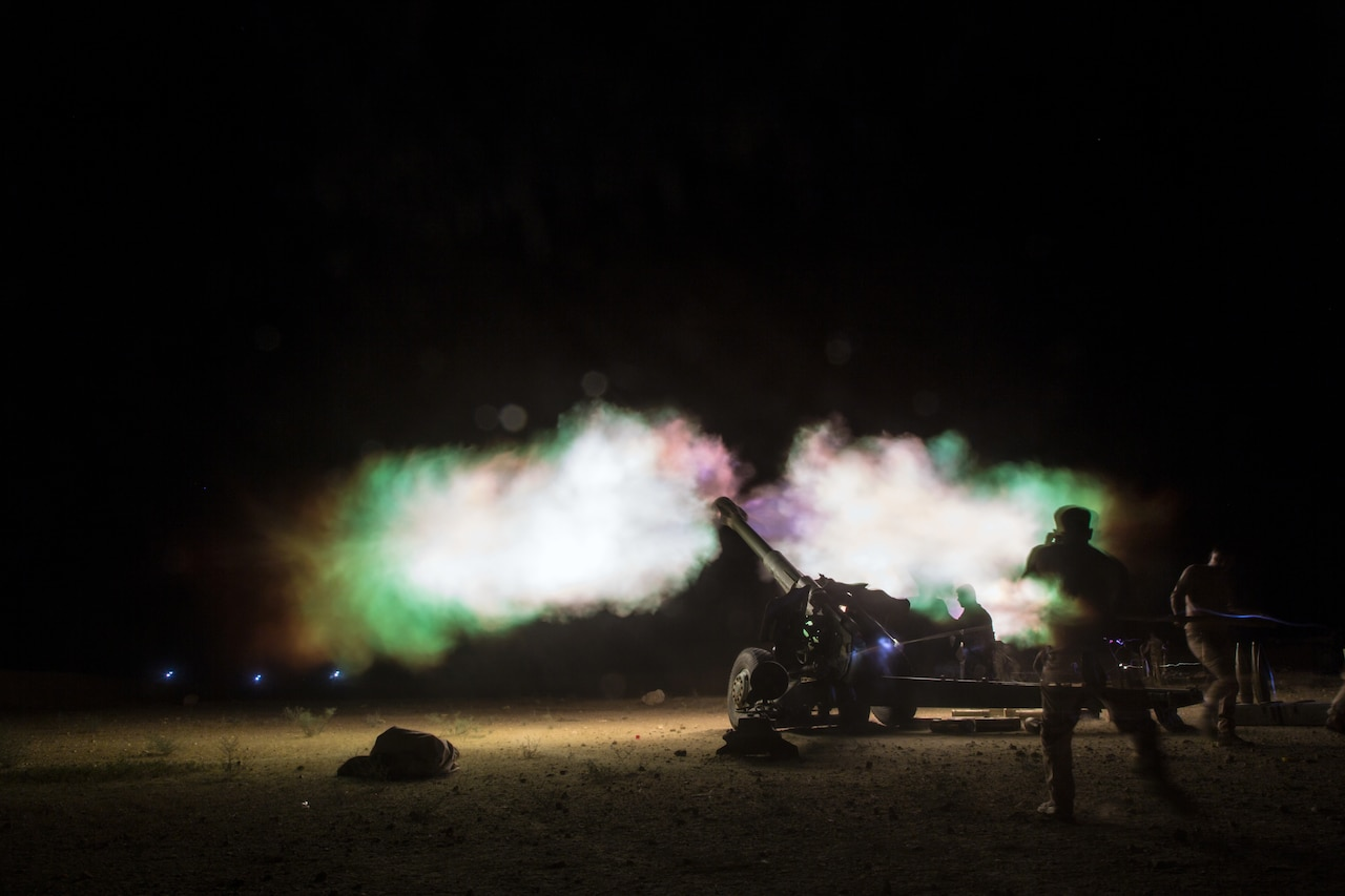 Iraqi security forces and coalition partners, including U.S. Army Soldiers with 3rd Cavalry Regiment, provided fire support to assist Syrian Democratic Forces as they continued military offensive to rid so-called Islamic State from Syria, June 8, 2018 (U.S. Army/Anthony Zendejas IV)