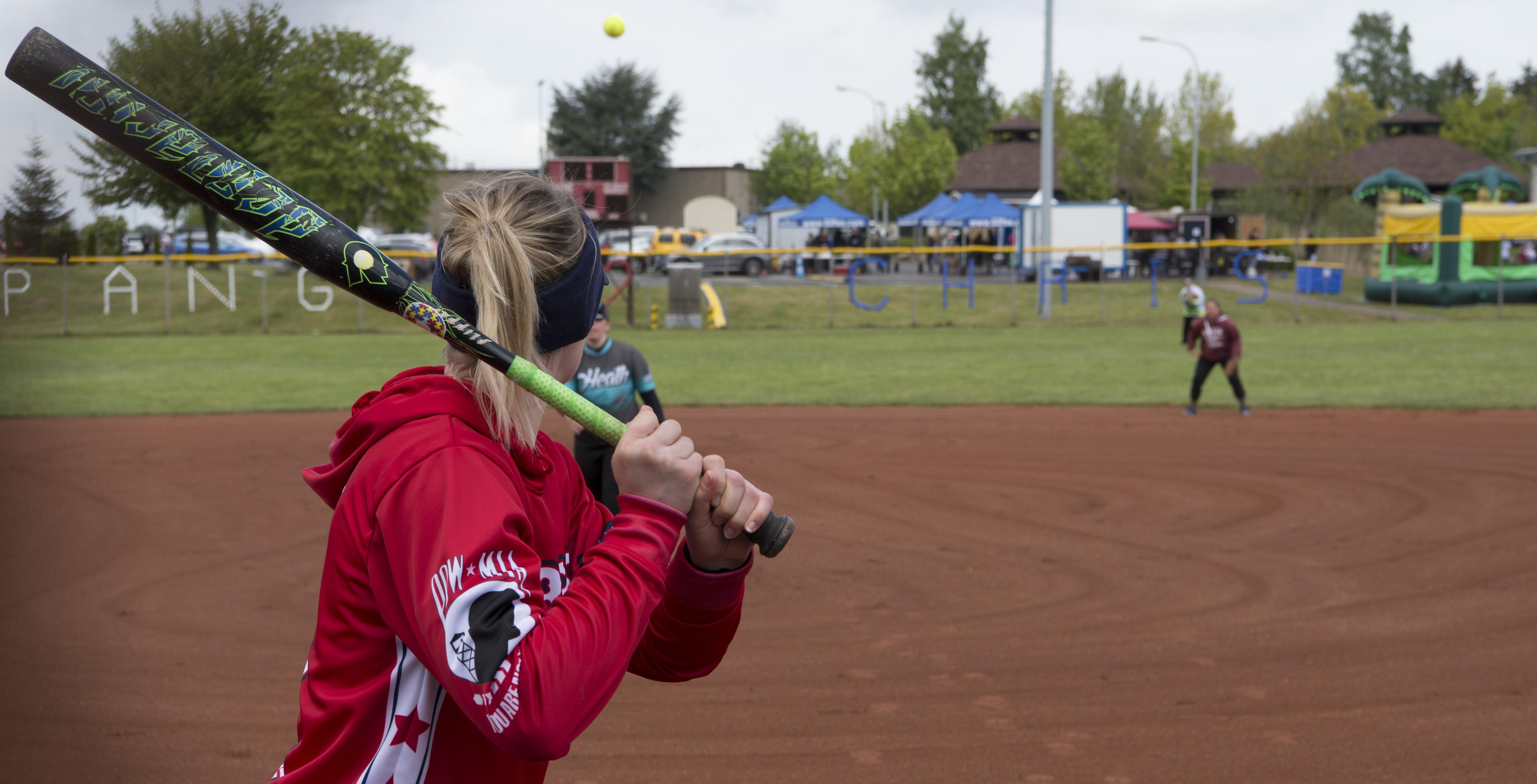 Sabers dominate Cinco de Mayo softball championship tournament