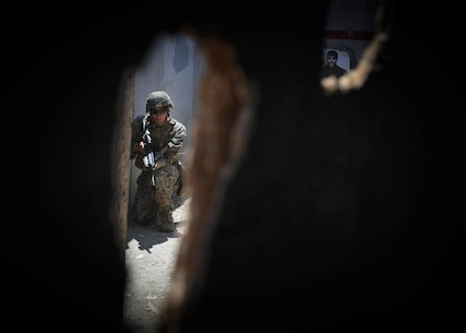 A U.S. Marine with 2nd Battalion, 4th Marine Regiment, 1st Marine Division (MARDIV), provides security during the Urban Leaders Course (ULC), at Marine Corps Base Camp Pendleton, California, April 22, 2019.