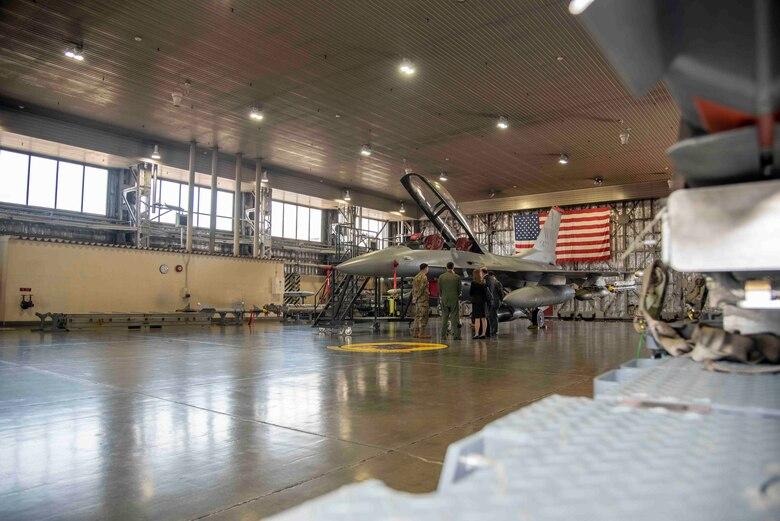 Embassy F-16 familiarization