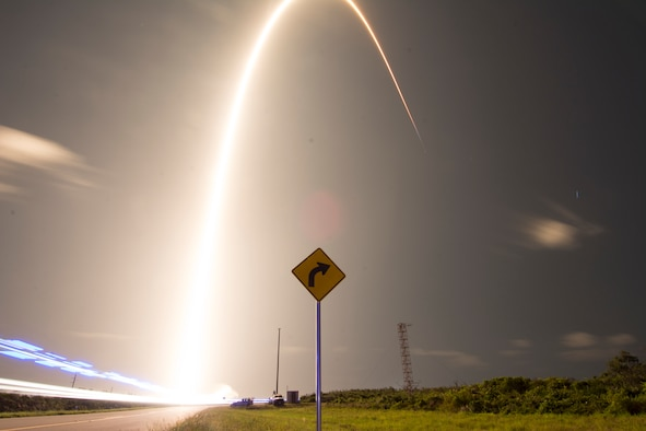 A SpaceX Falcon 9 rocket launches Starlink at Cape Canaveral Air Force Station, Fla. on May 23, 2019. The Starlink mission put 60 satellites into orbit and aims to build a constellations of satellites to bring internet capabilities to areas that do not have or have limited internet. (U.S. Air Force photo by 1st Lt Alex Preisser)