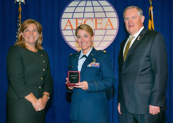 AFLCMC personnel recognized at AFCEA International Conference