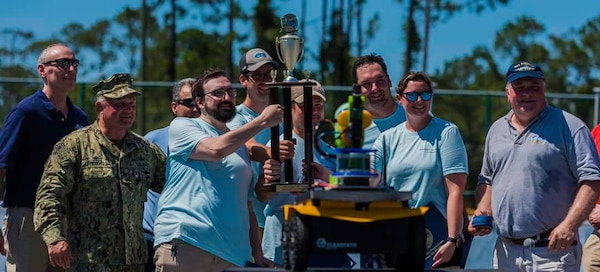 The Science and Technology Department was named the Naval Surface Warfare Center Panama City Division 2019 Director's Cup champions May 22.