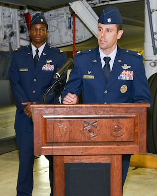 Lt. Col. Curran Addresses Guest During Change of Command Ceremon
