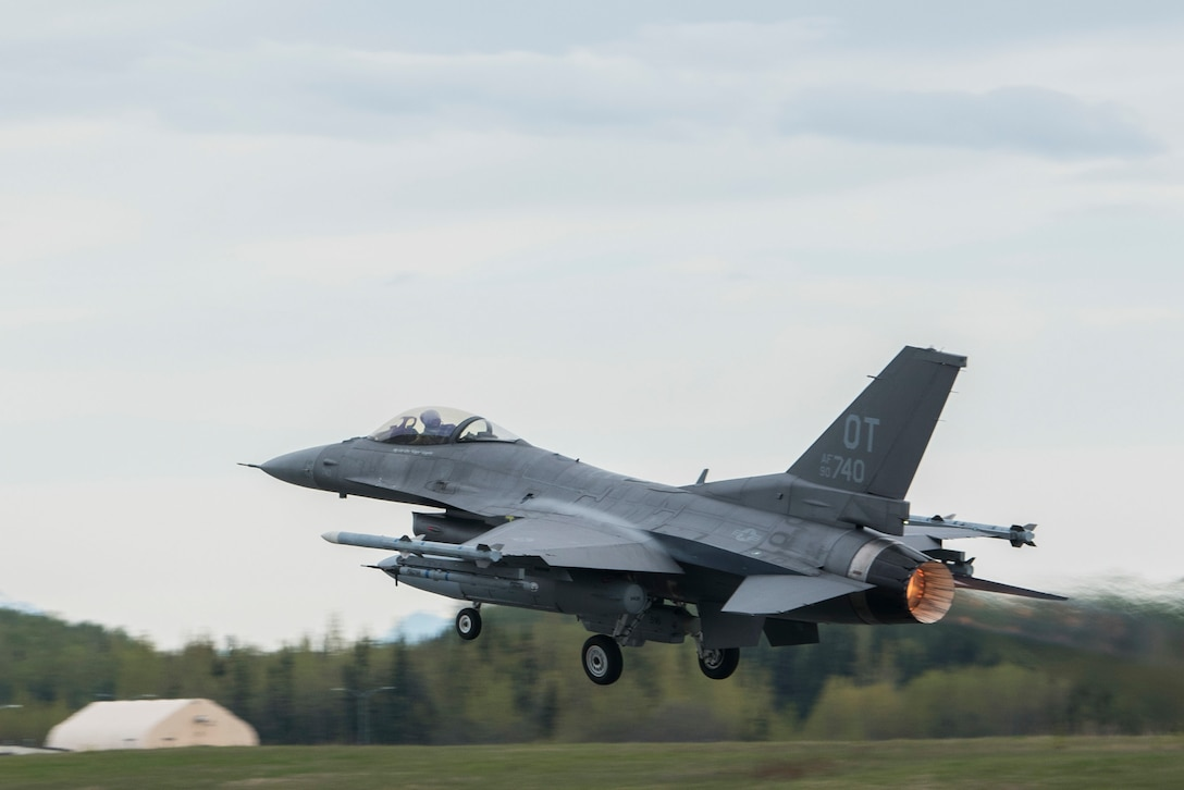 A U.S. Air Force F-16 Fighting Falcon, assigned with Eglin Air Force Base, Fla., takes off during Exercise Northern Edge, May 14, 2019, Joint Base Elmendorf-Richardson, Alaska. More than 25 units and 10,000 personnel with approximately 200 aircraft and five naval ships are participating in the exercise. Northern Edge showcases the lethality of joint forces and the capabilities of U.S. forces in and around the Indo-Pacific region. (U.S. Air Force photo by Airman 1st Class Caitlin Russell)