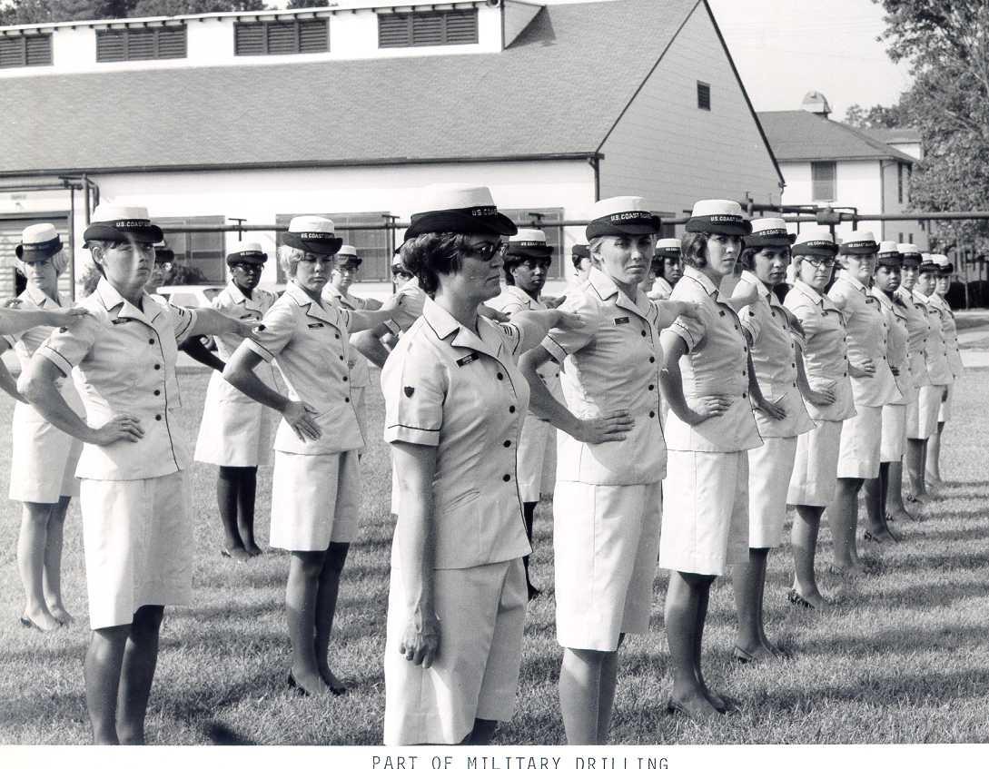 SPAR uniform: summer uniform (adopted between 1959-1961); 1972