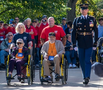 CH (MAJ) Ben Chitwood with the 3d Medical Command (Deployment Support) volunteered with the East Tennessee Honor Flight to accompany 21 Veterans (three WW2, four Korean War and 14 Vietnam War) to Washington D.C. to visit military memorials dedicated to their service.
