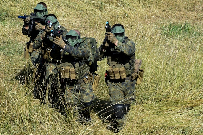 Bulgarian Special Forces and U.S. Army Green Berets, 19th Special Forces Group (Airborne)