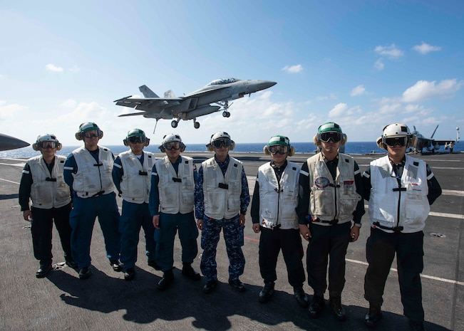 Ronald Reagan Carrier Strike Group, JMSDF Escort Division 12 Train Together