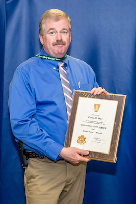 NNSY's Nuclear Engineering and Planning Department Manager (Code 2300) Curtis Hart was recognized for becoming a member of the Department of the Navy Senior Executive Service.