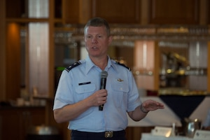 Photo of Major General Croft speaks at the South American Air Chiefs and Senior Enlisted Leaders Conference