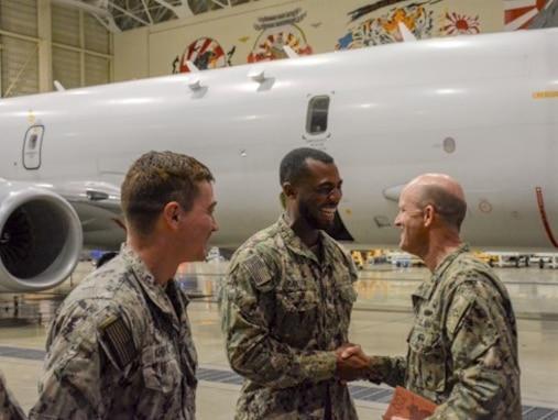 Commander, Task Force 72 Hosts Commander, U.S. 7th Fleet