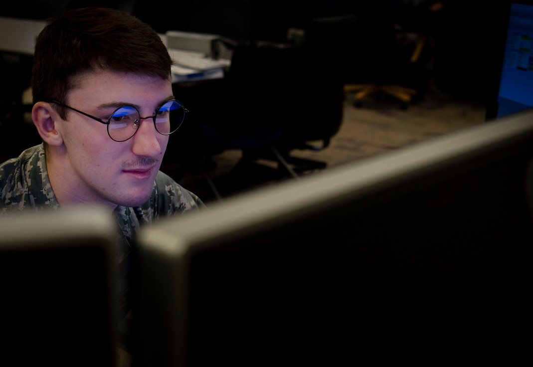 Airman 1st Class James Giegold, 50th Operations Support Squadron student, completes simulator coursework for the satellite vehicle expert course at Schriever Air Force Base, Colorado, Nov. 12, 2019. The 50th OSS trains space warfighters for the 50th Space Wing. (U.S. Air Force photo by Airman 1st Class Jonathan Whitely)