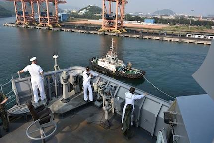 USS Germantown (LSD 42) pulls into Visakhapatnam, India